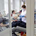 Москве не хватает крови: Опубликован список медучреждений, где ждут доноров